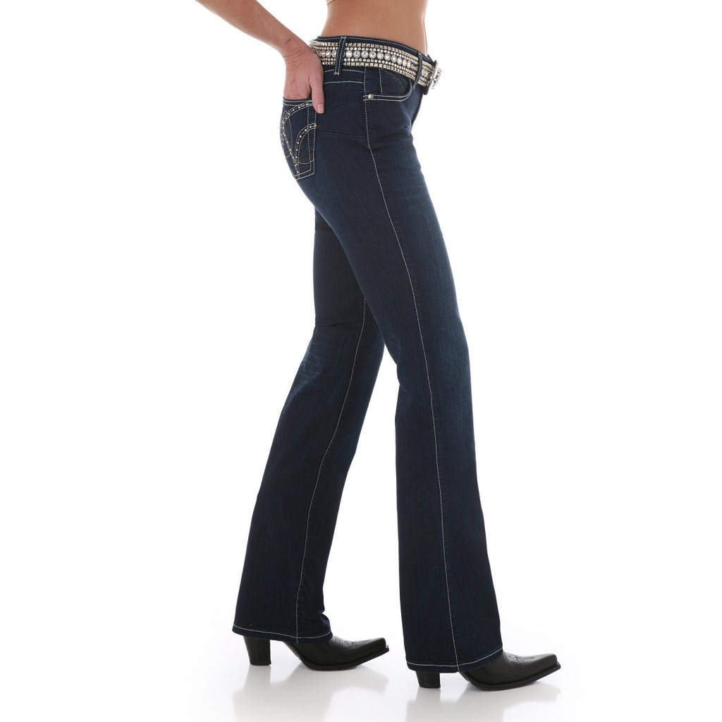 Женские джинсы Wrangler WRQ25ST Cowgirl Cut Ultimate Riding Jean – Q-Baby with Booty Up Technology